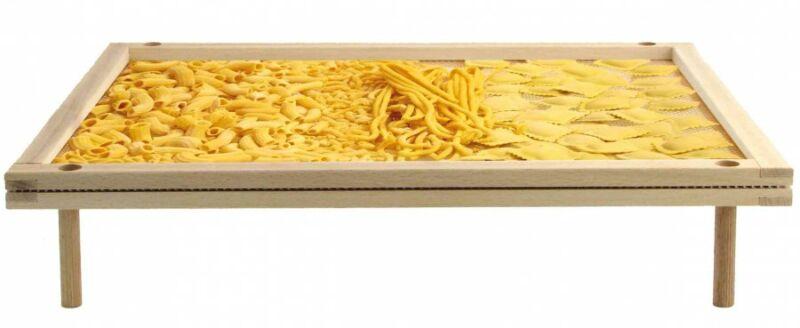 Stapelbares Pasta-Trockengestell